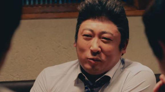 【期待を裏切らない】ロバート秋山がウザい上司役になりきって部下を説教! 『牛角』のCMがガチで面白すぎて涙が流れる