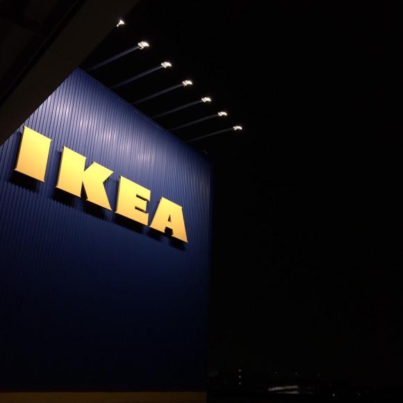 """IKEAに忍び込みで """"お泊まり"""" する若者が世界中で続出! 最悪の場合は不法侵入で起訴される可能性も!!"""