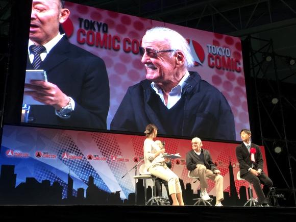 【東京コミコン2016】アメコミの父『スタン・リー』降臨!「本場のコミコン? ここと同じだよ」