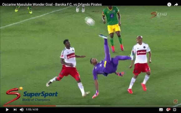 【衝撃サッカー動画】今年一番の美しさ! GKがオーバーヘッドキックからぶちこんだスーパーゴール