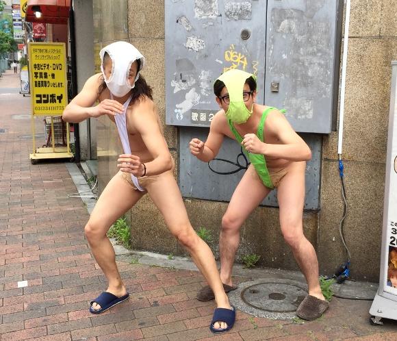 【実話】変態仮面のコスプレで交番に行ったら、危うく逮捕されかけた話