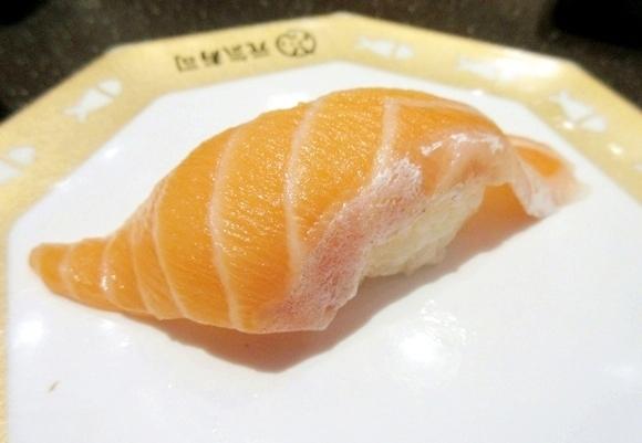 【潜入取材】中国にある日本の回転寿司に入ってみた → 想像の1000倍ウマくて逆にガッカリな件 / そこはあの中国ではなかった