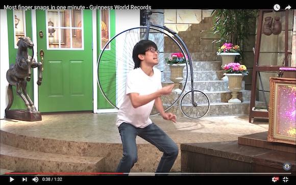 【1分間で296回】日本人大学生の「超高速指パッチン」が世界で大人気! ギネス記録を樹立した動画が猛烈な勢いで拡散中
