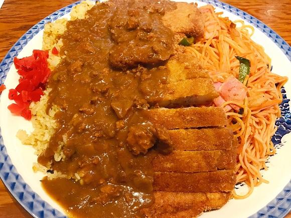 【デカすぎ】特盛を超えた「バカ盛トルコライス」にチャレンジ! 総重量3キロ飯にオッサン爆発寸前!! 福岡市『HANAMARU厨房』