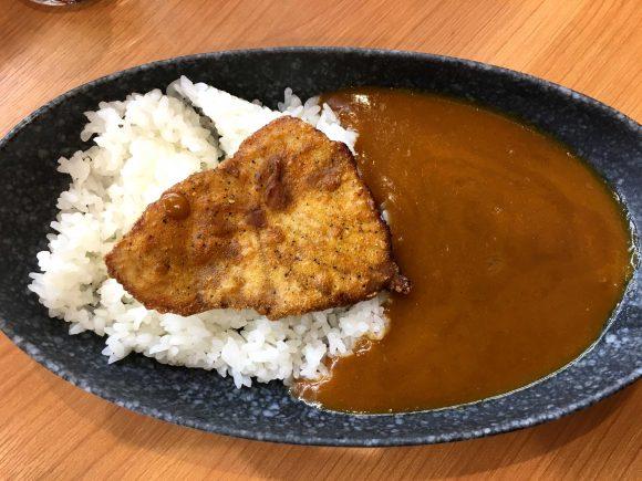 【サメカレー】くら寿司の新メニュー「シャーク☆シャリカレー(450円)」を食べてみた!