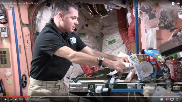 【NASA公認】宇宙でのサンドイッチの作り方がコレだ!
