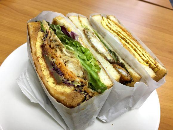 サンドイッチに蟹が1匹丸ごとドーン! 表参道『トーストサンドイッチバンブー』がファビュラスすぎる!!