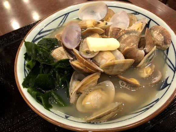 【朗報】丸亀製麺の最高傑作『あさりうどん』が販売期間を延長! 広報「ご好評につき6月上旬までご提供します」