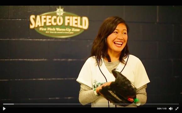 【動画あり】元なでしこ・川澄奈穂美が始球式でほぼノーバン! 本人も大興奮の見事なピッチングを披露!!