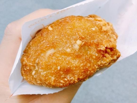 【肉爆弾】ミニストップの新フライドチキン「ゴロチキ」を食べてみた! 皮つき肉で肉を包んだ危険すぎる肉弾岩!! 肉厚すぎて爆発寸前かよ!