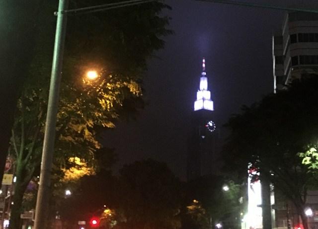 【豆知識】4月1日から正式復活していた『ドコモタワー』夜間ライトアップの「色」の意味