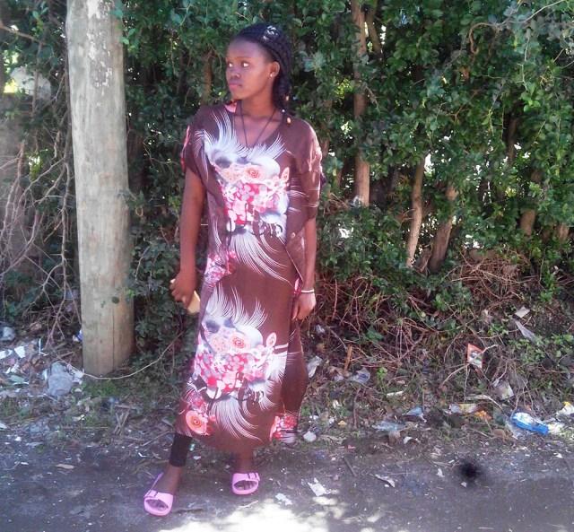 【マサイ通信】第74回:マサイ族の戦士が激写した「今どきのケニアギャル」写真集