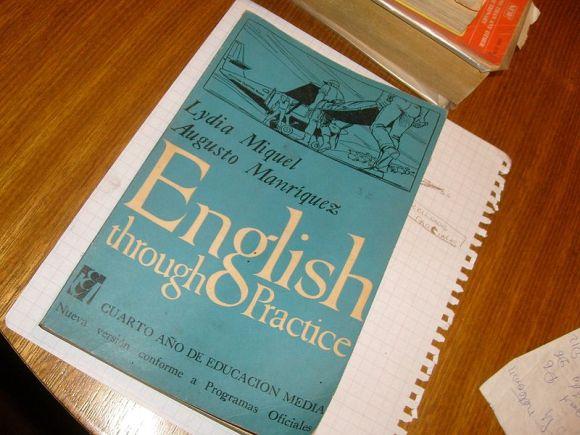 英語を学んだ人たちが挙げる『英語をマスターする時に難しかった点』色々 「聞き取りながら言いたいことを考える」など