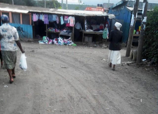 【マサイ通信】第76回:ルカ散歩 / マサイの村から一番近い街「ロイトット(Loitokitok)」の写真集