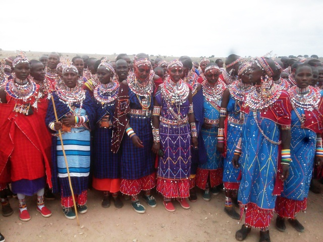 オシャレ&デザインの参考にどうぞ! 最強レベルに着飾ったマサイ族の写真集 / マサイ通信:第80回