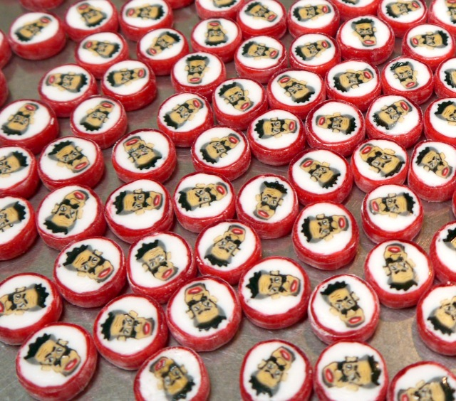 【日本の匠】世界が注目する「名古屋の小さなアメ工房」の職人技がスゴイ! 飴をあやつる様子はまさに神業!!