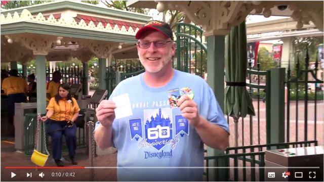 【ディズニー愛】ディズニーランドに2000日連続で通い続けたおじさんが話題に