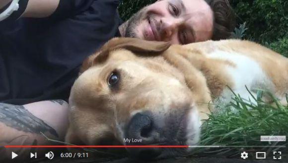 『マッドマックス』トム・ハーディが愛犬への追悼メッセージを公開! 愛があふれまくった動画にウルウルするファンが続出!!