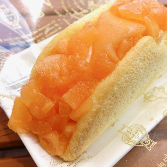 【絶品スイーツ】フレッシュなメロン果肉が超ギッシリ! 北海道「とみたメロンハウス」の『メロンオムレット』が激ウマ!!