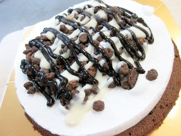 【え?】サーティワン、ついにピザを売り始める / 手づかみでイケる新商品『アイスクリームピザ』が予想の斜め上だけど激ウマ!