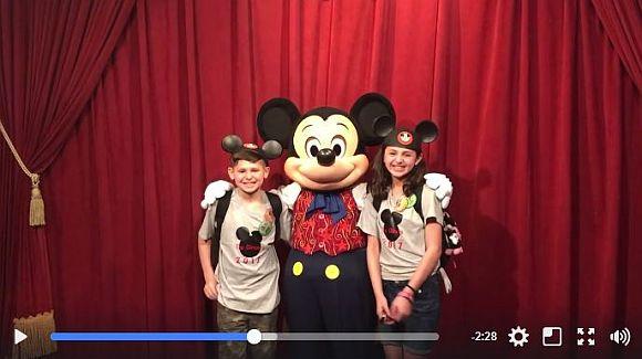 ミッキーが孤児に「養子縁組が決まったこと」を伝えるサプライズ! ディズニーの感動動画に目頭が熱くなること間違いナシ!!