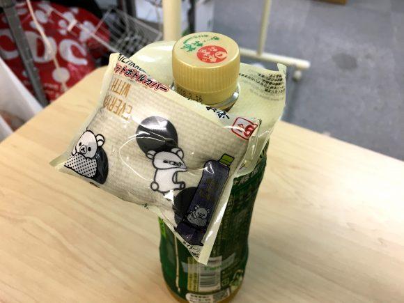 【コラム】コンビニのペットボトルについてる「ちょっとしたオマケ」のめんどくささが異常 / ローソンに売り上げが上がってるのか聞いてみた
