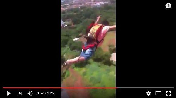 【大炎上】「マンションからパラシュートで飛び降りてみた」っていう動画に非難殺到! しかもパラシュートは通販購入!!