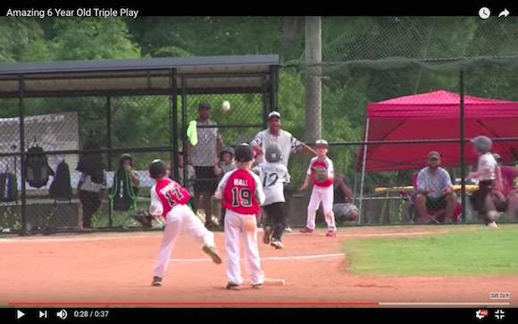 【野球】6歳の少年がまさかの三重殺を完成! 見事なプレーに称賛の声が相次ぐ