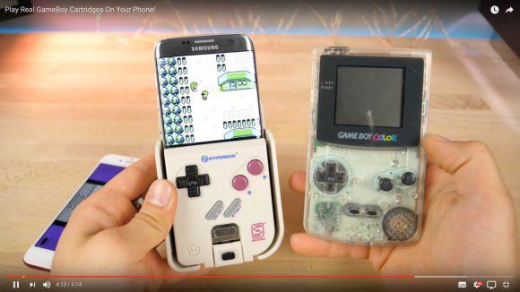日本にもはよ! スマホをゲームボーイに変身させる「SmartBoy」が米国で爆誕 / 本物のカートリッジが使えるぞ!