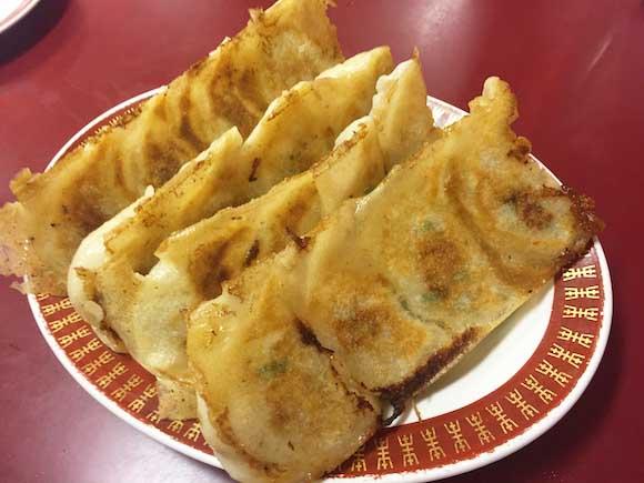 【絶品餃子】一度食べたら他に行けなくなるほどウマいと噂の『餃子李』に行ってみた / 福岡市薬院