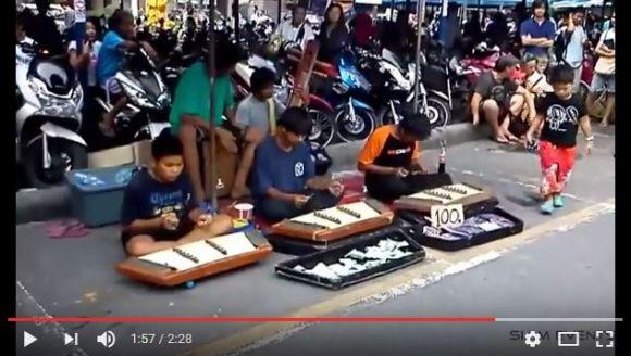亡きチェスターに届け! タイの伝統楽器でカバーされたリンキン・パークの『Numb』がカッコ良すぎ!!