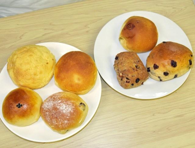 【クイズ】値段はいくら? この7個のパンの総額をずばり当てましょう~!! 東京・新中野「ミルクロール」