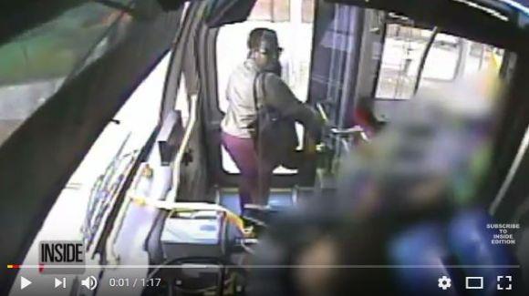 バスの運転手に「良い一日を」と言われた女性が激怒! 腹いせにオシッコをぶっかけて逮捕される