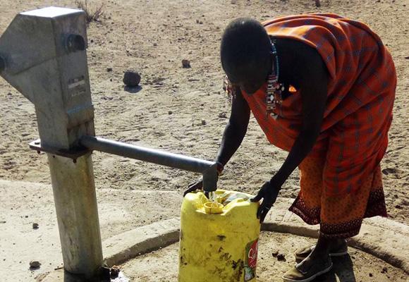 【祝】マサイの村の枯れた井戸、ついに原稿料で復活す / マサイ通信:第100回