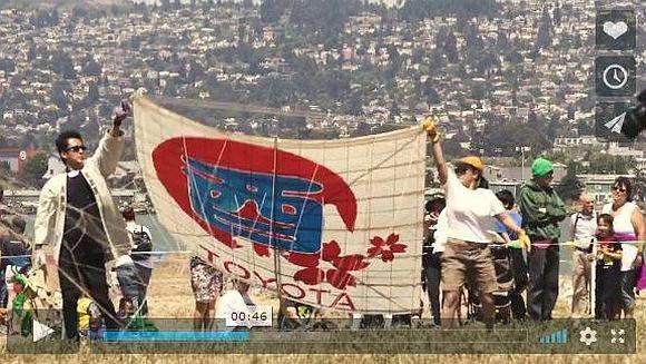 「凧上げを広めるために渡米した日本の職人」が英語で凧について熱く語る動画が超カッコイイ!