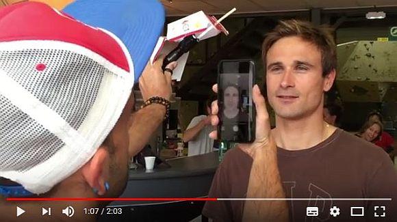 iPhoneでも芸術的な写真は撮れる! プロカメラマンが「ビッグマックの箱」を使って撮影したらこうなった!!