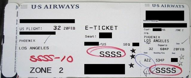 飛行機の搭乗券に「SSSS」とプリントされたらヤバいことが起こるらしい…