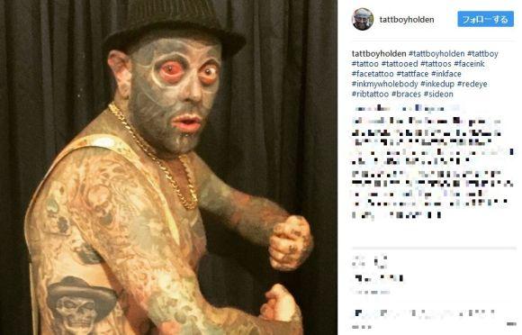まさかの眼球まで…タトゥーを体の90パーセントに入れた男性が強烈すぎ!