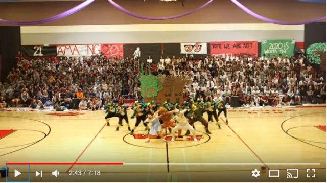 【動画あり】この高校生ダンスがスゴイ! キレッキレの『オズの魔法使い』ダンスが話題に / バブリーダンスに負けない中毒性で再生回数140万回超