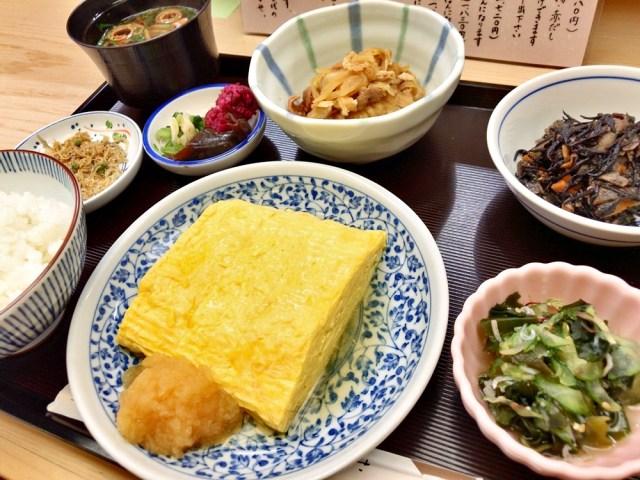 【マジかよ】だし巻き卵がメインを張る定食があるらしい / 上品で超絶ツルふわな卵が絶品! 東京・日本橋「はんなりや」