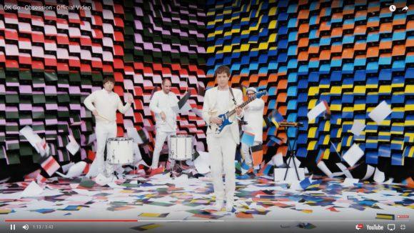 なんちゅう発想力! ロックバンド『OK Go』の新作MVが圧巻の映像美 / 567台のプリンターを使用した超大作