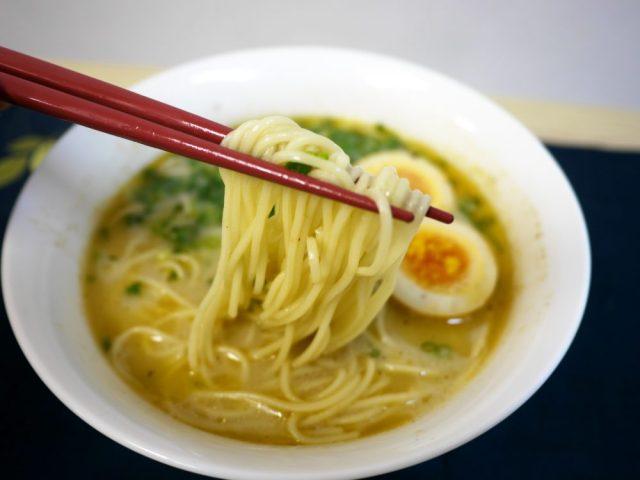 【最強インスタント麺】『味千ラーメン』の袋麺が完全に店の味! 適当に作ってもラーメン屋を開けるレベル!!