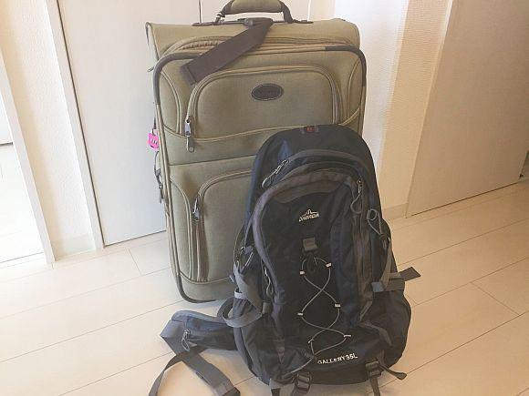 飛行機から降りて「真っ先に自分の荷物をゲットする方法」を海外旅行サイトが紹介 → 本当に使えるか航空会社に問い合わせてみた