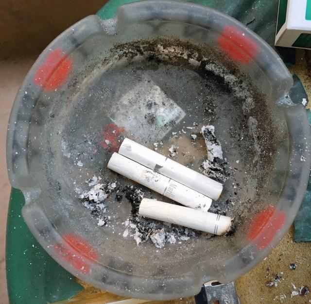 またタバコ増税! 今後3年かけて1本3円値上げの方向へ / 愛煙家「たばこ止めさせたいのか? 吸わせたいのか? どっちなんだコラッ!!」