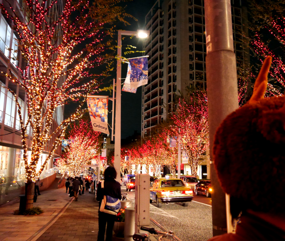 クリスマスイブの『NHK天気予報』が面白すぎたとネットで話題! 気象予報士「雨は夜更けすぎても雪に変わりません」