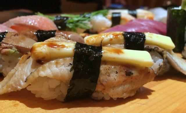 【天才レシピ】うなぎ寿司の上にバターを乗せるだと…! 大阪「じねん」でしか食べられない『うなぎバター寿司』がウマすぎた