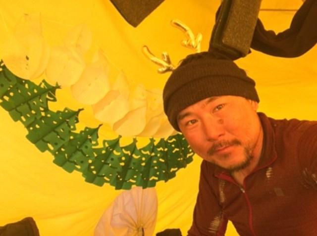 【南極冒険38日目】南極だってクリスマス! たったひとりでもテントを飾って気分満喫