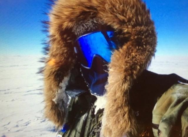 【南極冒険39日目】残り300kmを切った! しかし傾斜と向かい風に苦戦して疲労をにじます