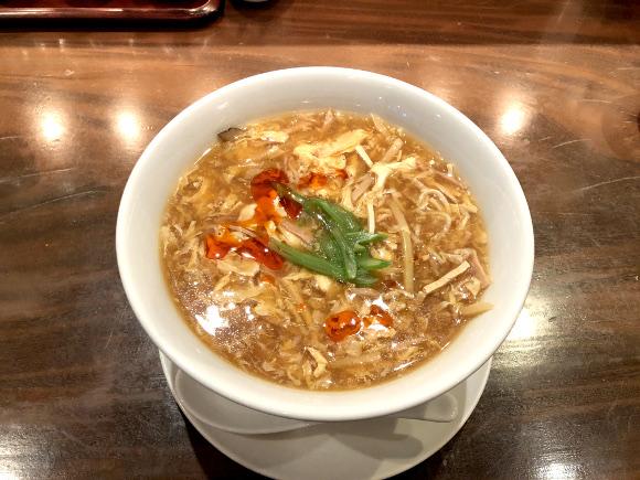 【検証】明星「中華三昧 酸辣湯麺」に大感動 → 監修の『赤坂 榮林』に行ってみたらこうだった
