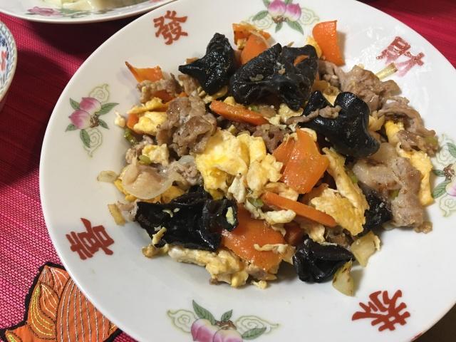 """【レシピあり】キミは中国料理「木須肉:むーしゅーろう」をご存知か / 丼にするとウマイ豚卵料理! でも """"木須"""" って何のこと? その由来が感動的に美しい"""